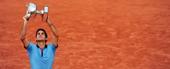 Federer Soderling Roland Garros 2009 trophy